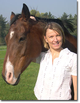 Joanna, Pet Portrait Artist with her horse